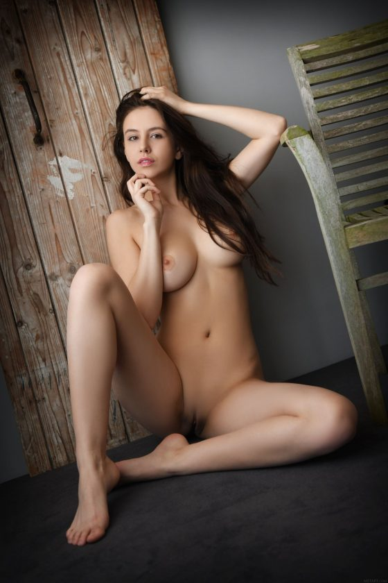 Alisa Amore Nude In Presenting Alisa Amore MetArt Photos